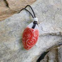 colar-aromatizador-pessoal-rosas-vermelho-bysamia